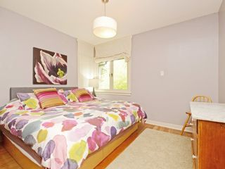 "Photo 7: 2288 E 3RD Avenue in Vancouver: Grandview VE House for sale in """"The Drive"""" (Vancouver East)  : MLS®# R2297956"