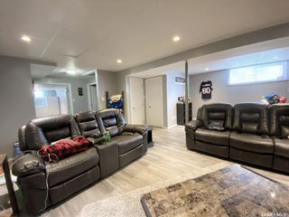 Photo 35: 47 Carter Crescent in Outlook: Residential for sale : MLS®# SK854357