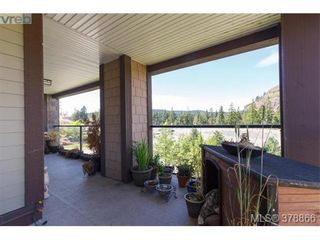 Photo 14: 301 1395 Bear Mountain Pkwy in VICTORIA: La Bear Mountain Condo for sale (Langford)  : MLS®# 760871