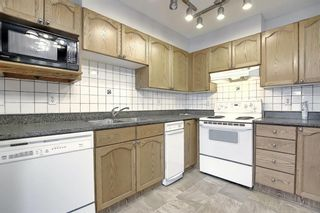 Main Photo: 201 15 Somervale View SW in Calgary: Somerset Apartment for sale : MLS®# A1104961
