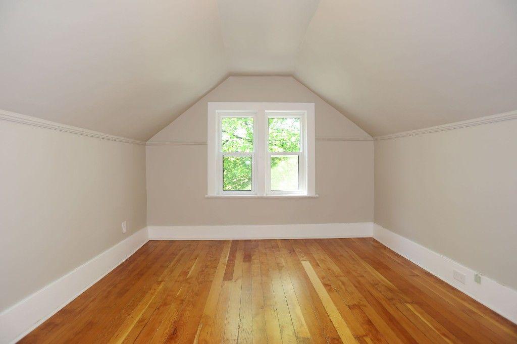 Photo 34: Photos: 233 Lipton Street in Winnipeg: Wolseley Duplex for sale (5B)  : MLS®# 1715525