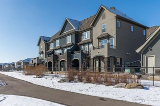 Main Photo: 36 QUARRY Lane SE in Calgary: Douglasdale/Glen Row/Townhouse for sale : MLS®# A1084307