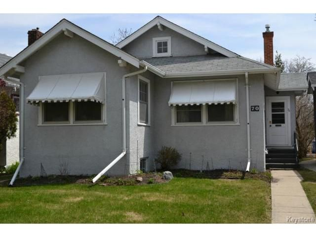 Main Photo: 70 Lanark Street in WINNIPEG: River Heights / Tuxedo / Linden Woods Residential for sale (South Winnipeg)  : MLS®# 1410888