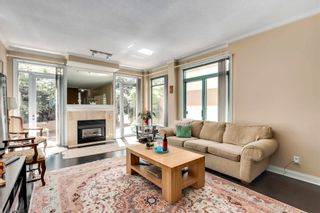 Photo 2: 362 TAYLOR WAY in West Vancouver: Park Royal Townhouse for sale : MLS®# R2596220