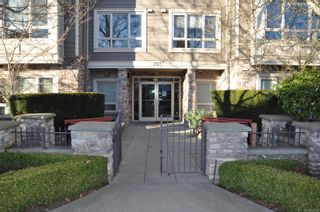 Photo 2: 109 297 W Hirst Ave in : PQ Parksville Condo for sale (Parksville/Qualicum)  : MLS®# 866168