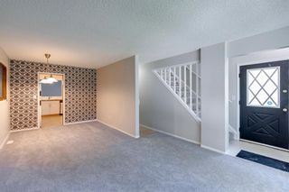 Photo 3: 406 17 Avenue NW in Calgary: Mount Pleasant Detached for sale : MLS®# A1145133