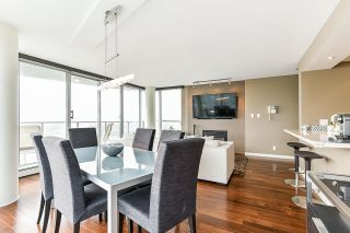 """Photo 6: 1902 1228 MARINASIDE Crescent in Vancouver: Yaletown Condo for sale in """"Crestmark II"""" (Vancouver West)  : MLS®# R2582919"""