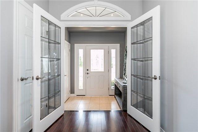 Photo 2: Photos: 54 Stevenson Street in Essa: Angus House (2-Storey) for sale : MLS®# N4240310