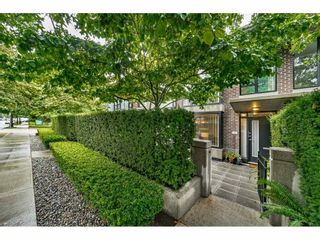 """Photo 5: 155 W 2ND Street in North Vancouver: Lower Lonsdale Townhouse for sale in """"SKY"""" : MLS®# R2537740"""