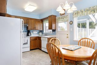 Photo 9: 3825 DUNDAS Street in Burnaby: Vancouver Heights House for sale (Burnaby North)  : MLS®# R2517776