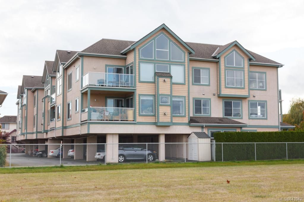 Main Photo: 207 2278 James White Blvd in Sidney: Si Sidney North-East Condo for sale : MLS®# 843942