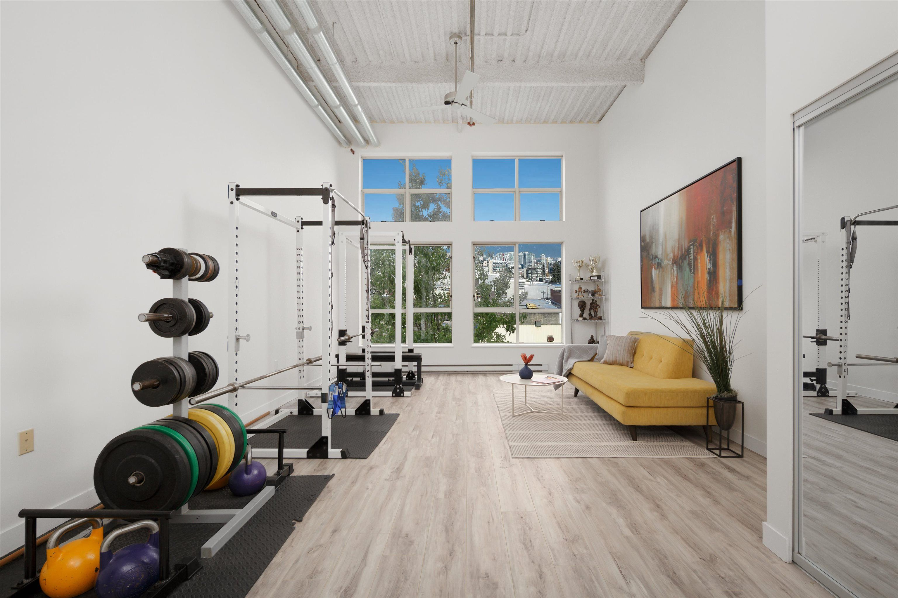 """Main Photo: 301 338 W 8TH Avenue in Vancouver: Mount Pleasant VW Condo for sale in """"LOFT 338"""" (Vancouver West)  : MLS®# R2615229"""