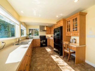 Photo 6: 4575 EPPS Avenue in North Vancouver: Deep Cove House for sale : MLS®# R2284515