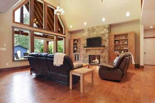 """Photo 2: 5438 240 Street in Langley: Salmon River House for sale in """"Strawberry Hills"""" : MLS®# R2311221"""
