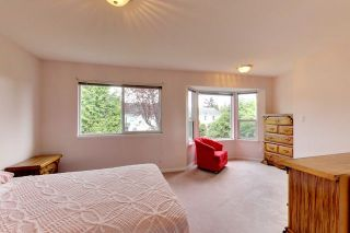 """Photo 14: 6679 LINDEN Avenue in Burnaby: Highgate House for sale in """"Highgate"""" (Burnaby South)  : MLS®# R2167616"""