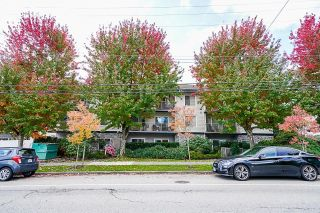 """Photo 3: 103 15298 20 Avenue in Surrey: King George Corridor Condo for sale in """"Waterford House"""" (South Surrey White Rock)  : MLS®# R2624837"""