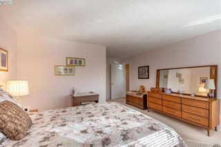 Photo 13: 18 909 Admirals Rd in VICTORIA: Es Esquimalt Row/Townhouse for sale (Esquimalt)  : MLS®# 817681