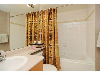 """Photo 7: 110 2181 W 10TH Avenue in Vancouver: Kitsilano Condo for sale in """"THE TENTH AVE"""" (Vancouver West)  : MLS®# V844401"""