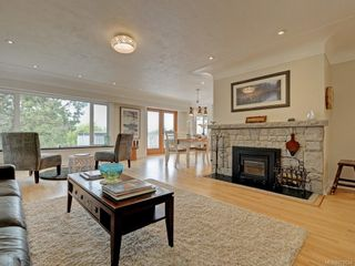 Photo 10: 1957 Hampshire Rd in : OB North Oak Bay House for sale (Oak Bay)  : MLS®# 878624