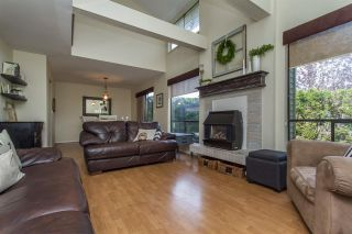 """Photo 3: 13 33951 MARSHALL Road in Abbotsford: Central Abbotsford Townhouse for sale in """"Arrow Wood"""" : MLS®# R2162342"""