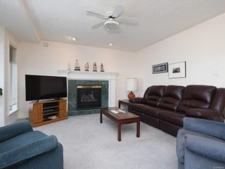 Photo 7: 1417 Anna Clare Pl in : SE Cedar Hill House for sale (Saanich East)  : MLS®# 860885