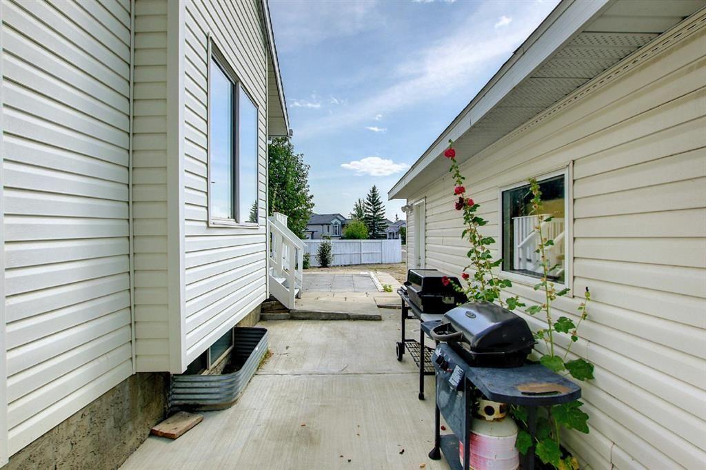 Photo 38: Photos: 7 San Deigo Green NE in Calgary: Monterey Park Detached for sale : MLS®# A1146168