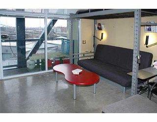 """Photo 3: 213 237 E 4TH AV in Vancouver: Mount Pleasant VE Condo for sale in """"ARTWORKS"""" (Vancouver East)  : MLS®# V572913"""