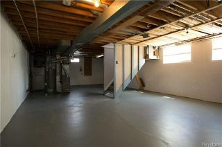 Photo 14: 235 Fairlane Avenue in Winnipeg: Crestview Residential for sale (5H)  : MLS®# 1807343