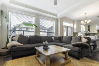 """Photo 5: 8076 209 Street in Langley: Willoughby Heights House for sale in """"YOKSON"""" : MLS®# R2561257"""