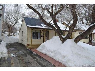 Photo 1: 421 Taylor STREET E in Saskatoon: Queen Elizabeth Single Family Dwelling for sale (Saskatoon Area 02)  : MLS®# 454549