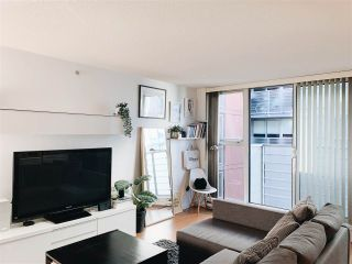 "Photo 3: 703 168 POWELL Street in Vancouver: Downtown VE Condo for sale in ""SMART"" (Vancouver East)  : MLS®# R2534188"