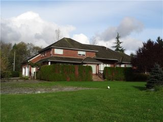 Photo 2: 19138 42A Avenue in Surrey: Serpentine House for sale (Cloverdale)  : MLS®# F1426498