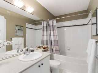 """Photo 48: 40 7488 SOUTHWYNDE Avenue in Burnaby: South Slope Townhouse for sale in """"Ledgestone 1 by Adera"""" (Burnaby South)  : MLS®# R2091823"""