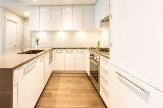 """Photo 3: 316 5687 GRAY Avenue in Vancouver: University VW Condo for sale in """"Eton"""" (Vancouver West)  : MLS®# R2428774"""