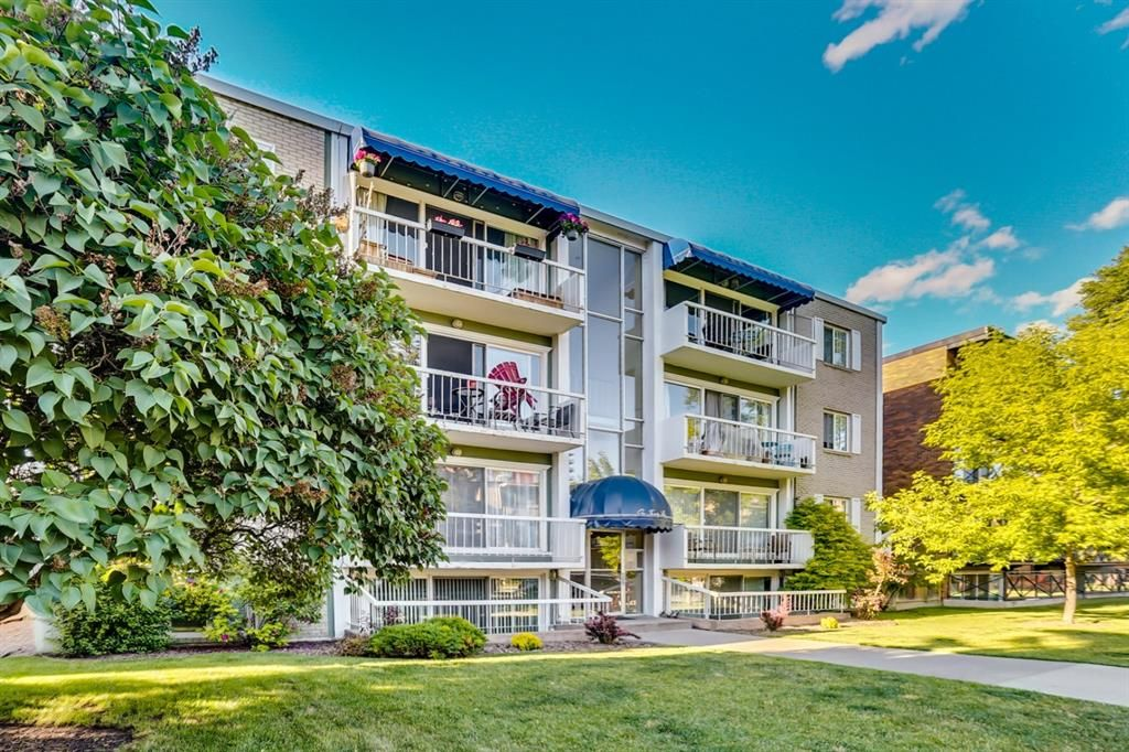 Main Photo: 201 126 24 Avenue SW in Calgary: Mission Apartment for sale : MLS®# A1081179