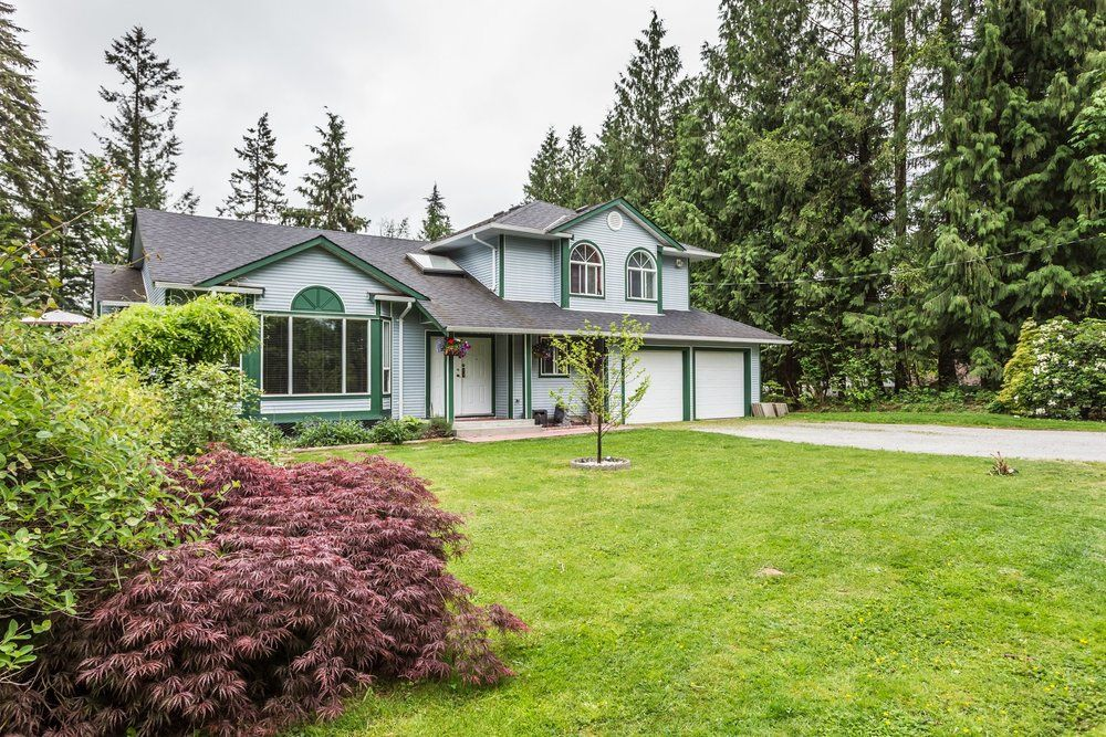 Main Photo: 24245 HARTMAN AVENUE in MISSION: Home for sale : MLS®# R2268149