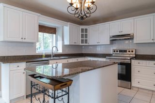 Photo 17: 1012 HOLGATE Place in Edmonton: Zone 14 House for sale : MLS®# E4247473