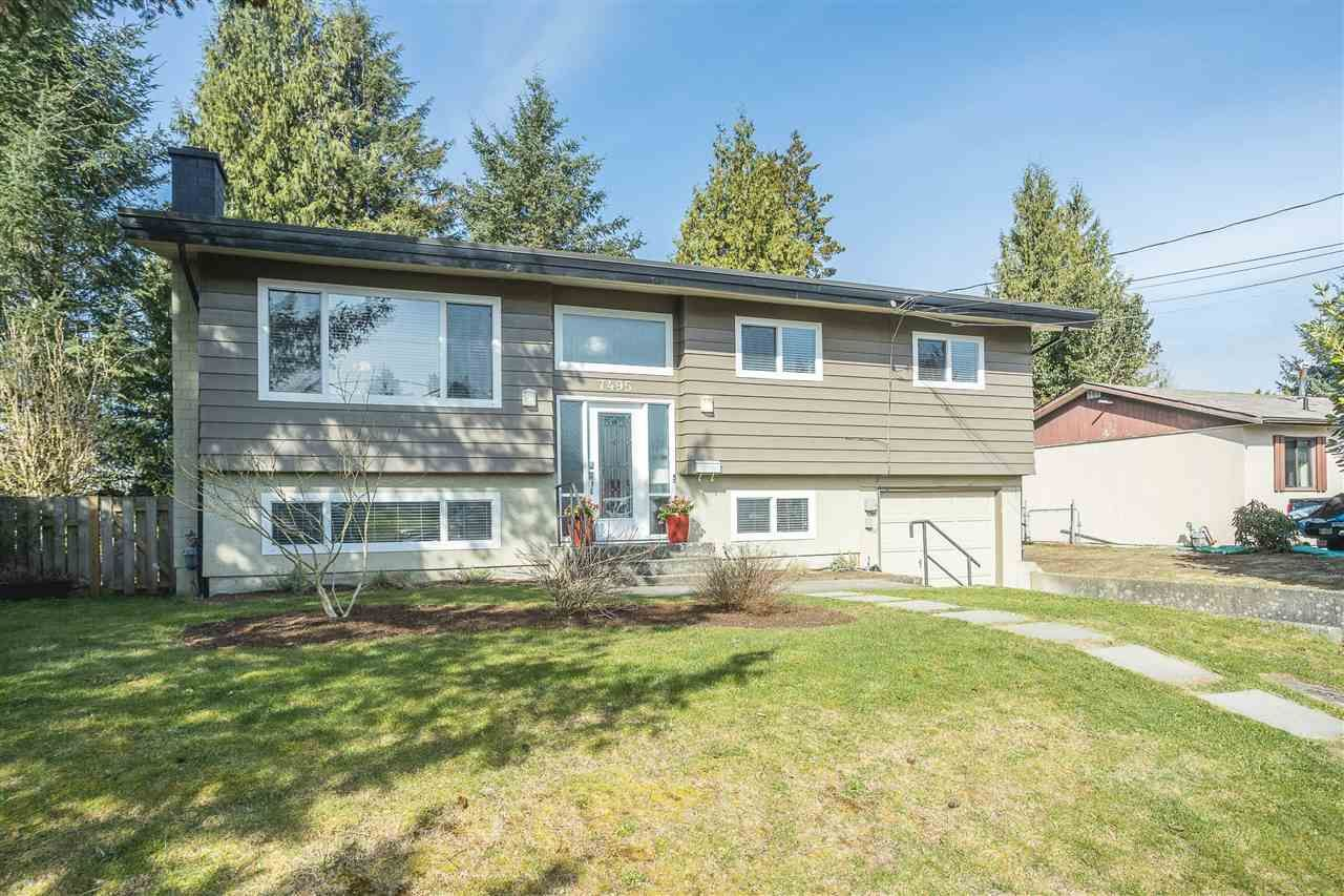Main Photo: 7495 MAY Street in Mission: Mission BC House for sale : MLS®# R2573898