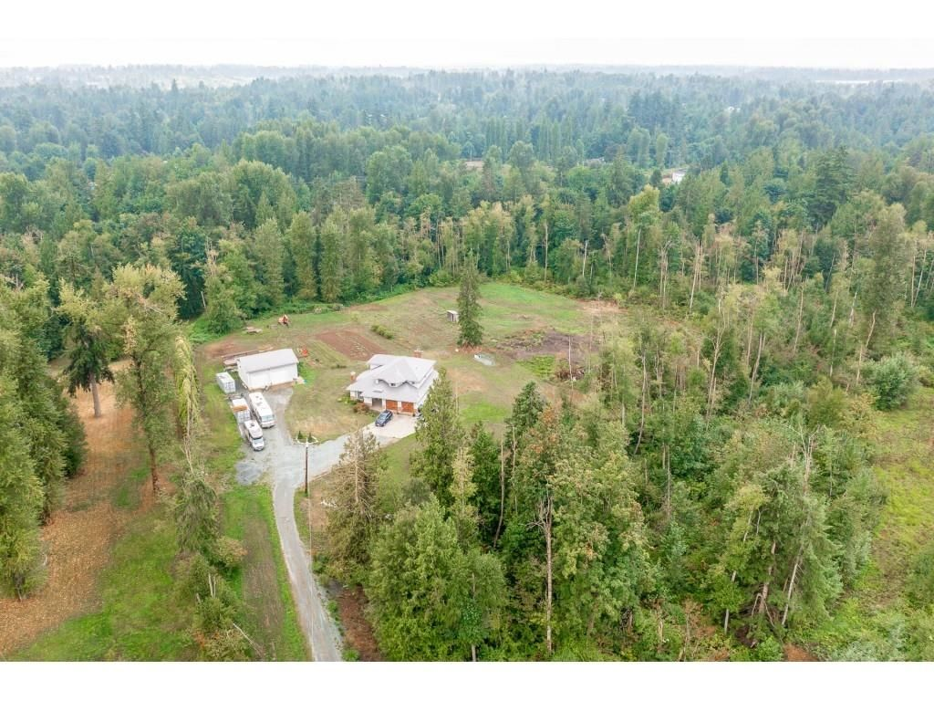 Main Photo: 28344 HARRIS Road in Abbotsford: Bradner House for sale : MLS®# R2612982