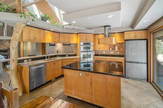 Photo 23: 652 Southwood Dr in Highlands: Hi Western Highlands House for sale : MLS®# 879800