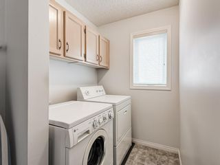 Photo 21: 54 Signature Close SW in Calgary: Signal Hill Detached for sale : MLS®# A1124573
