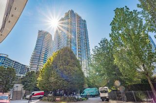 Photo 1: 2105 939 EXPO Boulevard in Vancouver: Yaletown Condo for sale (Vancouver West)  : MLS®# R2617468