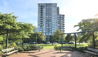 """Photo 17: 1001 3520 CROWLEY Drive in Vancouver: Collingwood VE Condo for sale in """"Millenio by Bosa"""" (Vancouver East)  : MLS®# R2609901"""