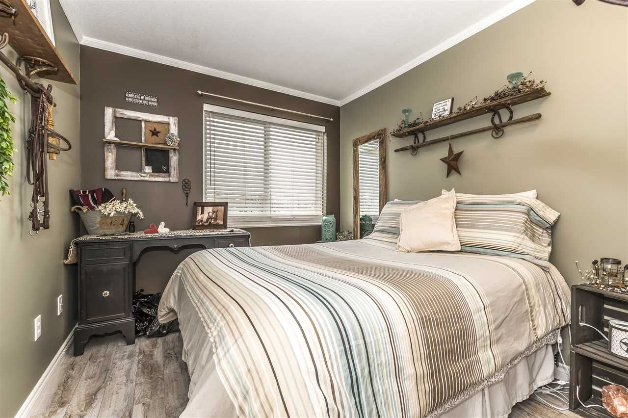 """Photo 14: Photos: 204 45520 KNIGHT Road in Sardis: Sardis West Vedder Rd Condo for sale in """"Morningside"""" : MLS®# R2346105"""
