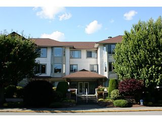 Photo 2: 202 33375 MAYFAIR Avenue in Abbotsford: Central Abbotsford Condo for sale : MLS®# F1415288