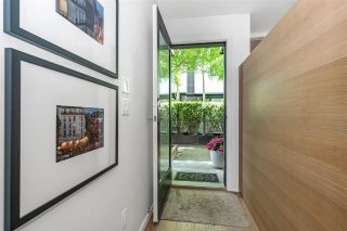 """Photo 2: 1879 W 2ND Avenue in Vancouver: Kitsilano Townhouse for sale in """"BLANC"""" (Vancouver West)  : MLS®# R2592670"""