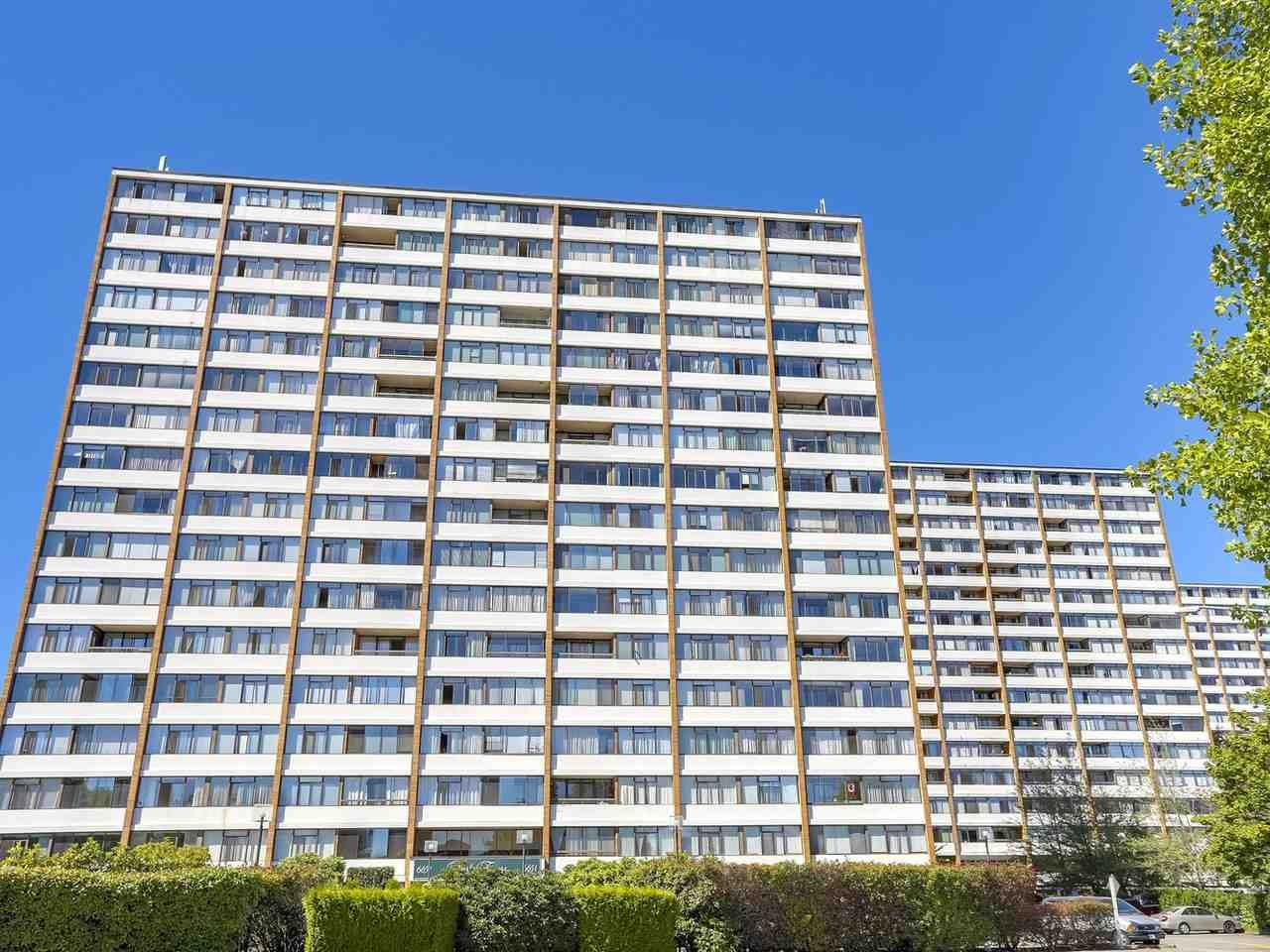 """Main Photo: 1608 6651 MINORU Boulevard in Richmond: Brighouse Condo for sale in """"REGENCY PARK TOWERS"""" : MLS®# R2209522"""