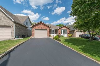 Photo 2: 547 Wallace Street in Burlington: Brant House (Bungalow) for sale : MLS®# W3214999