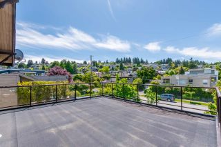 """Photo 12: 4492 NW MARINE Drive in Vancouver: Point Grey House for sale in """"Point Grey"""" (Vancouver West)  : MLS®# R2463689"""