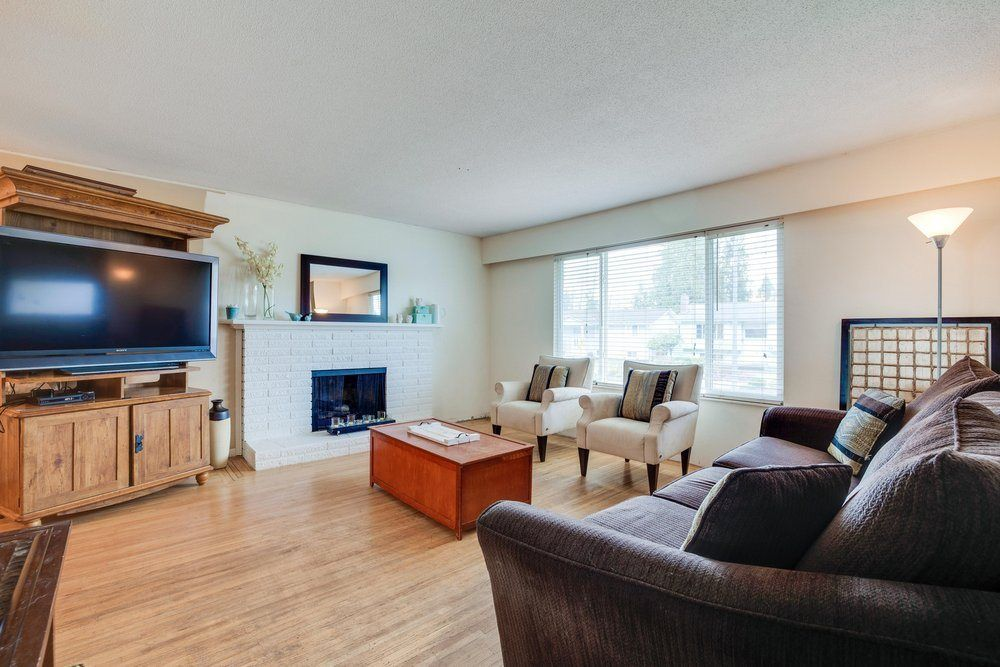 """Main Photo: 1233 ELLIS Drive in Port Coquitlam: Birchland Manor House for sale in """"Birchland Manor"""" : MLS®# R2555177"""